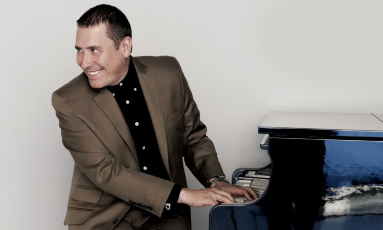 Jools Holland Amp His Rhythm Amp Blues Orchestra Liverpool