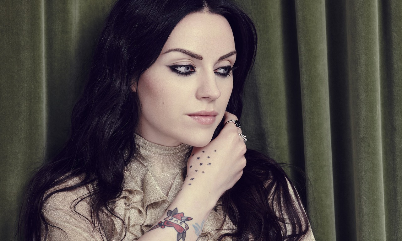 Amy Macdonald Nude Photos 83